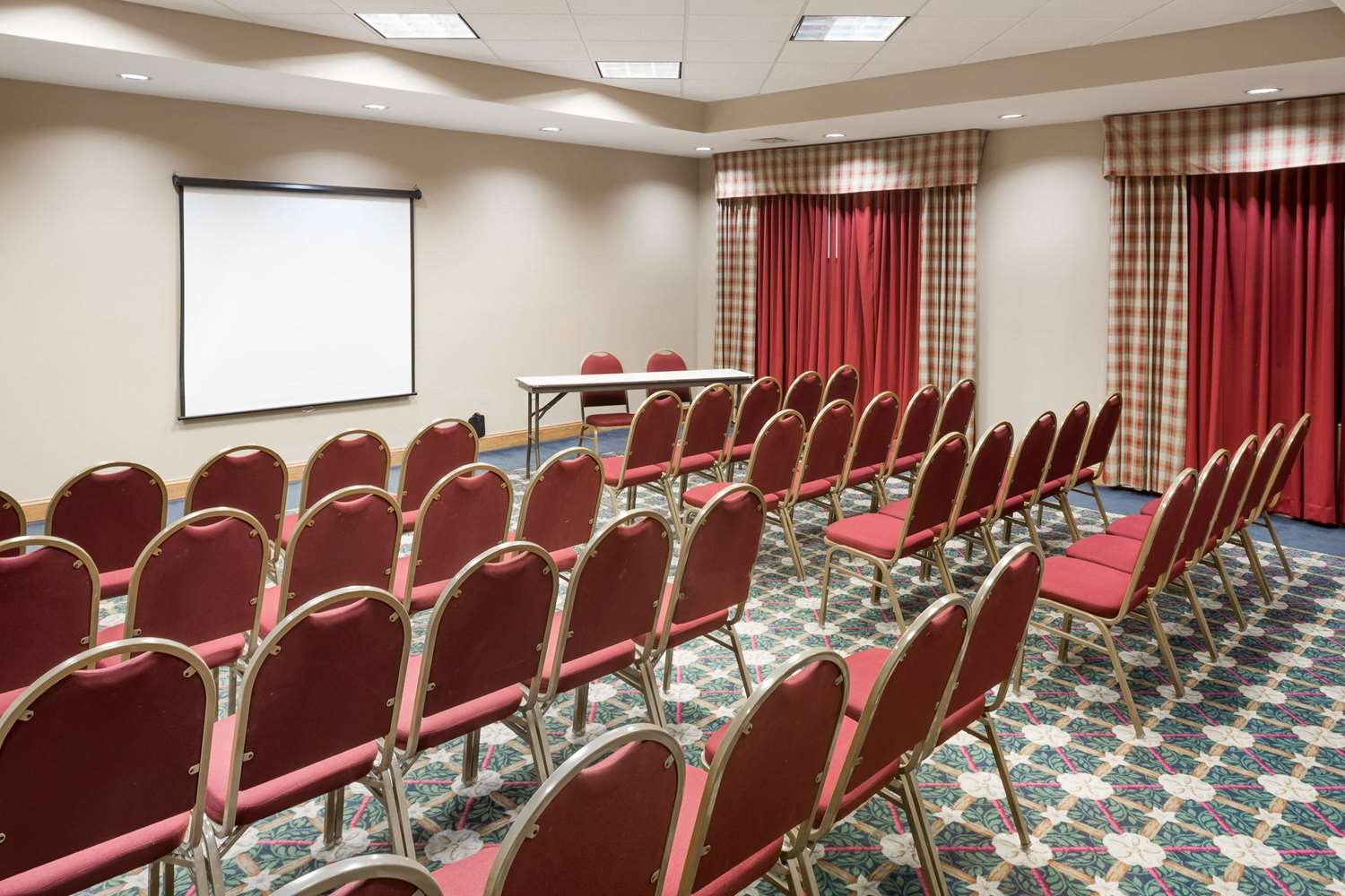 Meeting Facilities - Baymont Inn & Suites Fort Myers