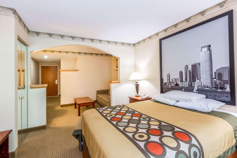 Room - Super 8 Hotel Budd Lake