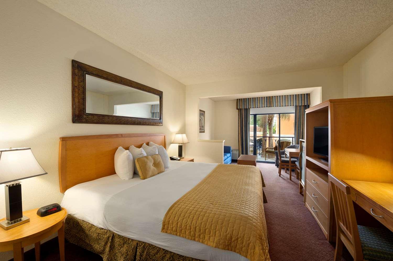 Room - Ramada Inn Downtown Kissimmee