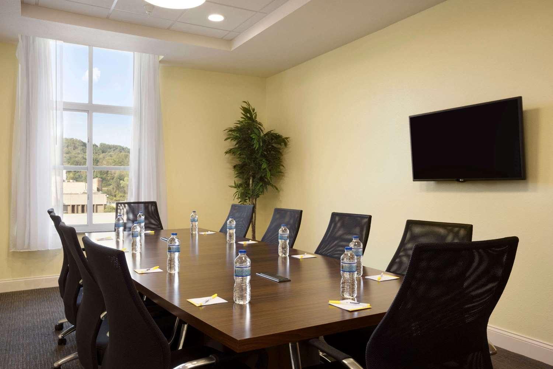 Meeting Facilities - Days Inn & Suites Caldwell