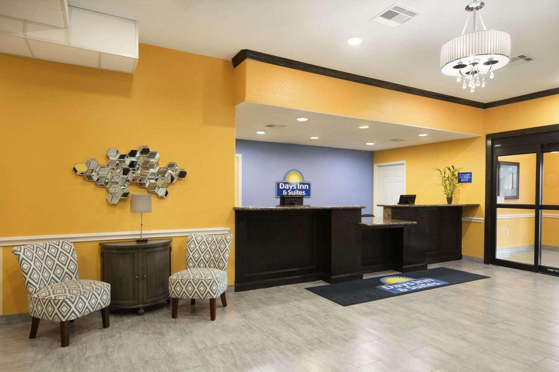 Lobby - Days Inn & Suites Galveston
