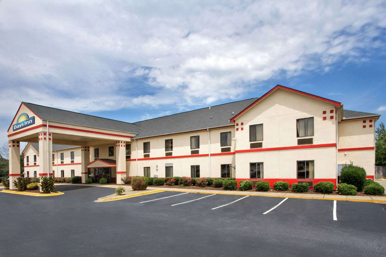 Exterior view - Days Inn Mauldin