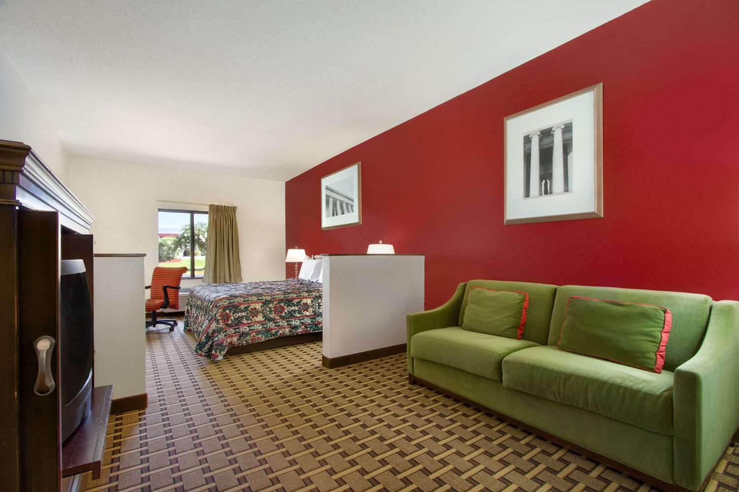 Suite - Days Inn Mauldin