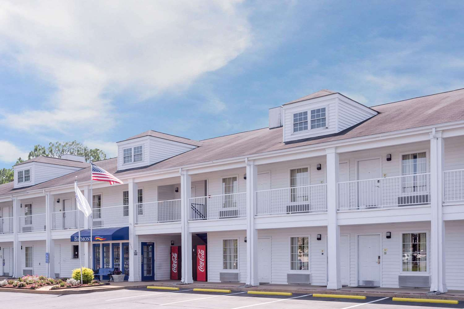 Exterior view - Baymont Inn & Suites Albany