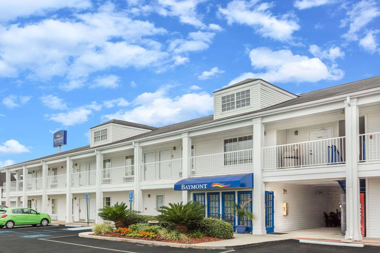 Exterior view - Baymont Inn & Suites Valdosta