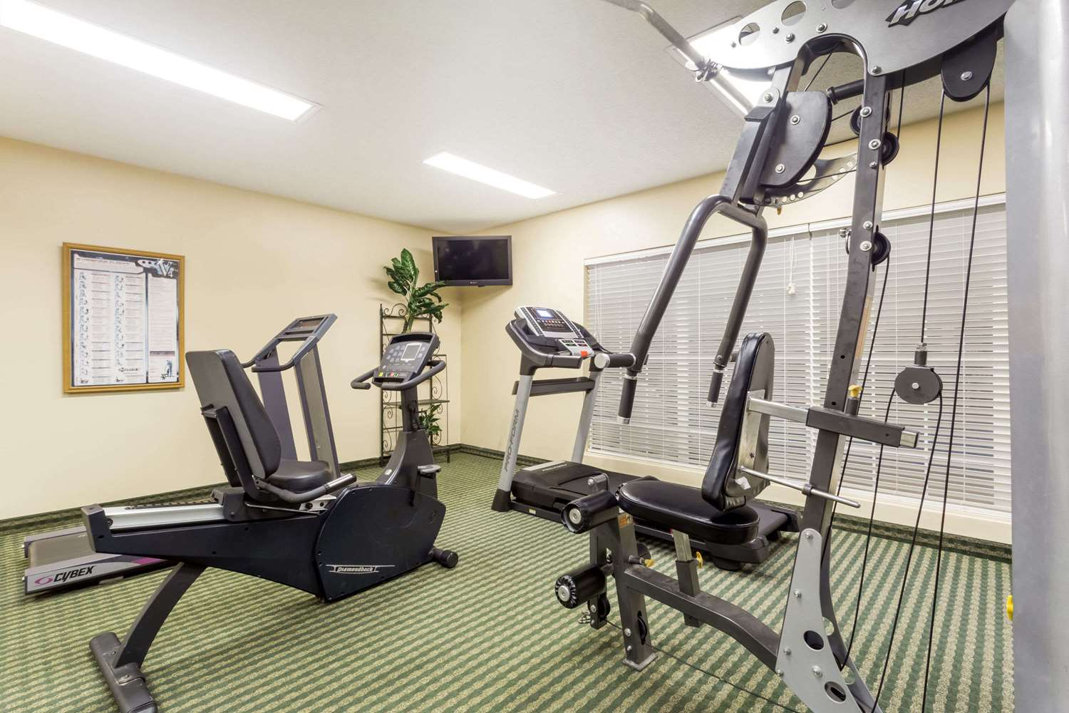Fitness/ Exercise Room - Baymont Inn & Suites Waycross