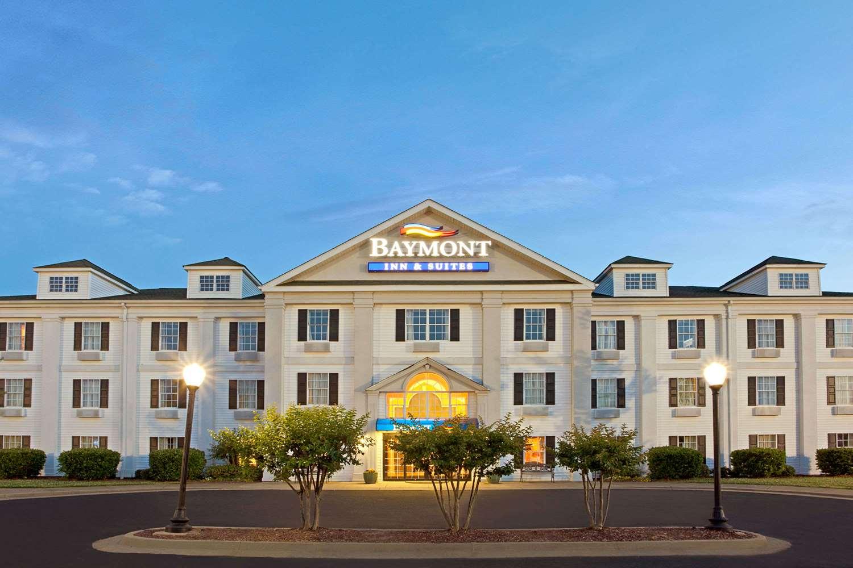 Exterior View Baymont Inn Suites Pearl