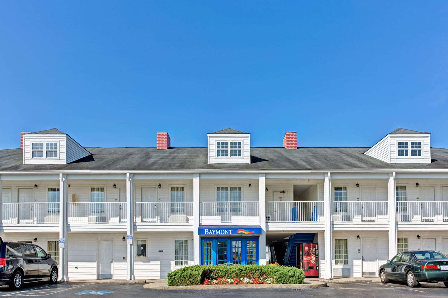 Exterior View Baymont Inn Suites Sanford