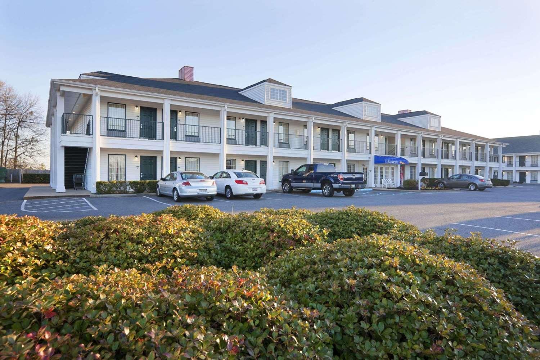 Exterior view - Baymont Inn & Suites Gaffney