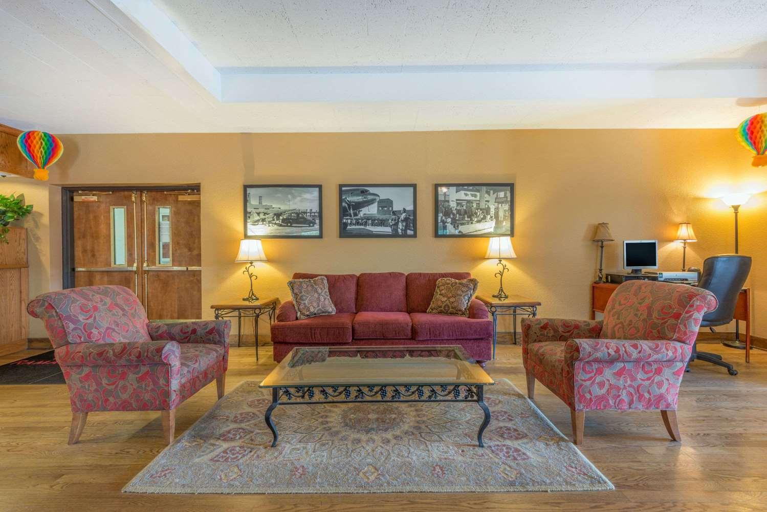 Ramada Hotel Airport Albuquerque, NM - See Discounts