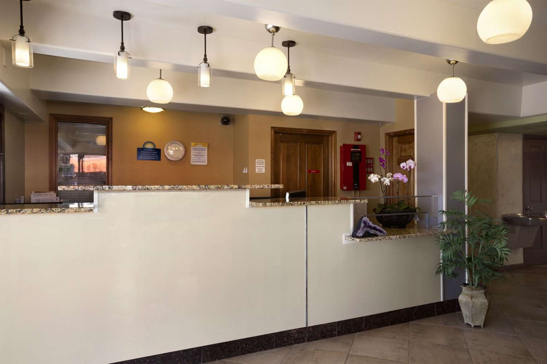 Days Inn Downtown Denver, CO - See Discounts