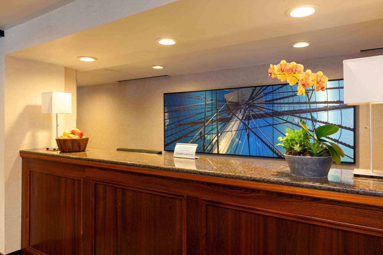 Lobby - Wyndham Hotel Beacon Hill Boston