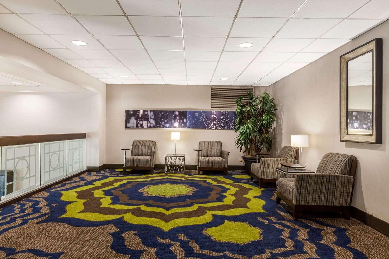 Lobby - Wyndham University Center Hotel Pittsburgh