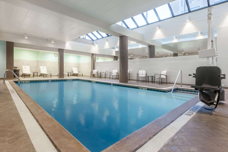 Pool - Wyndham University Center Hotel Pittsburgh