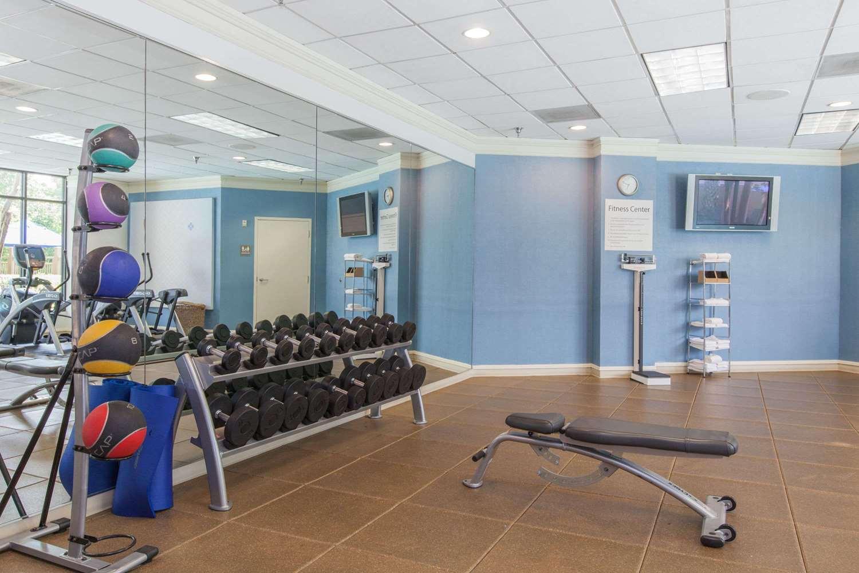 Fitness/ Exercise Room - Wyndham Hotel & Suites Medical Center Houston