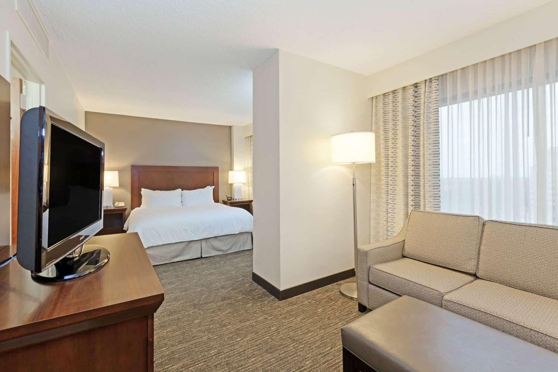 Suite - Wyndham Hotel & Suites Medical Center Houston