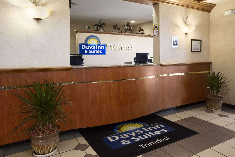 Lobby - Days Inn & Suites Trinidad