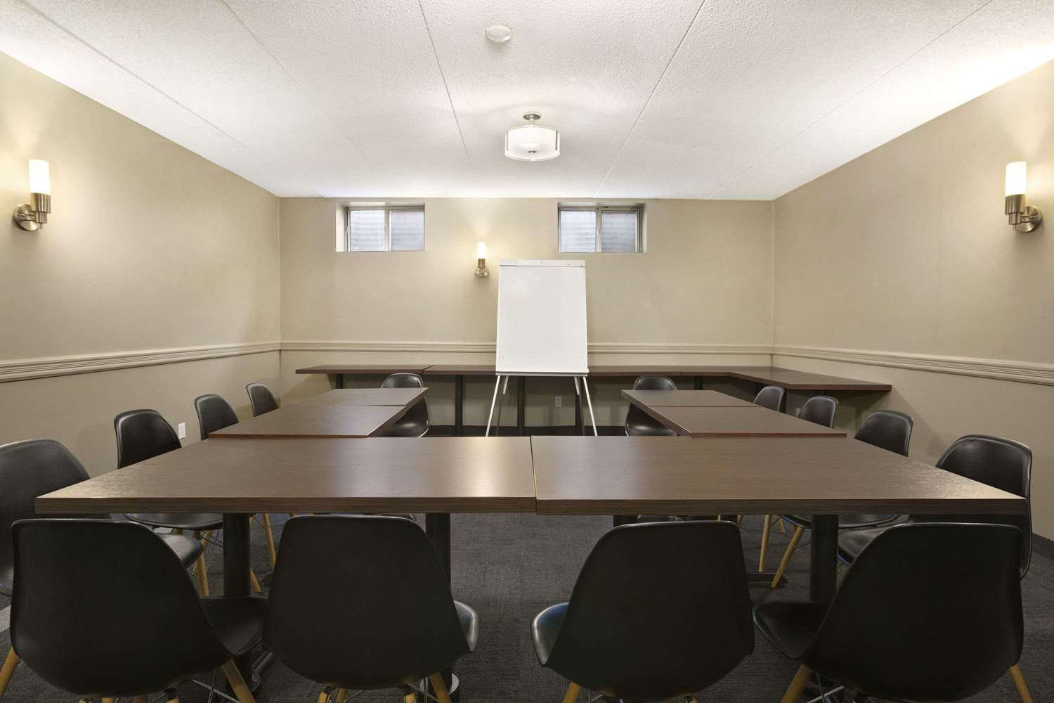 Meeting Facilities - Days Inn Whitchurch-Stouffville