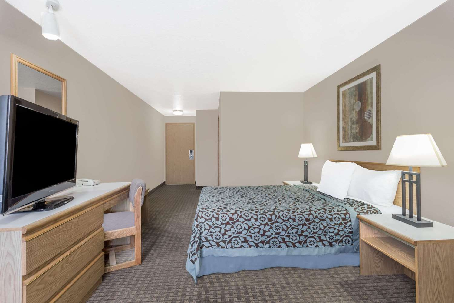 Room - Days Inn & Suites Kanab