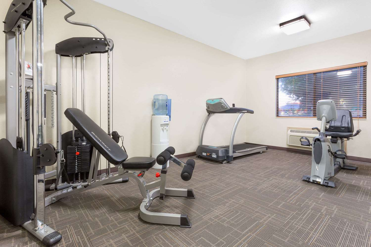 Fitness/ Exercise Room - Baymont Inn & Suites Waterloo