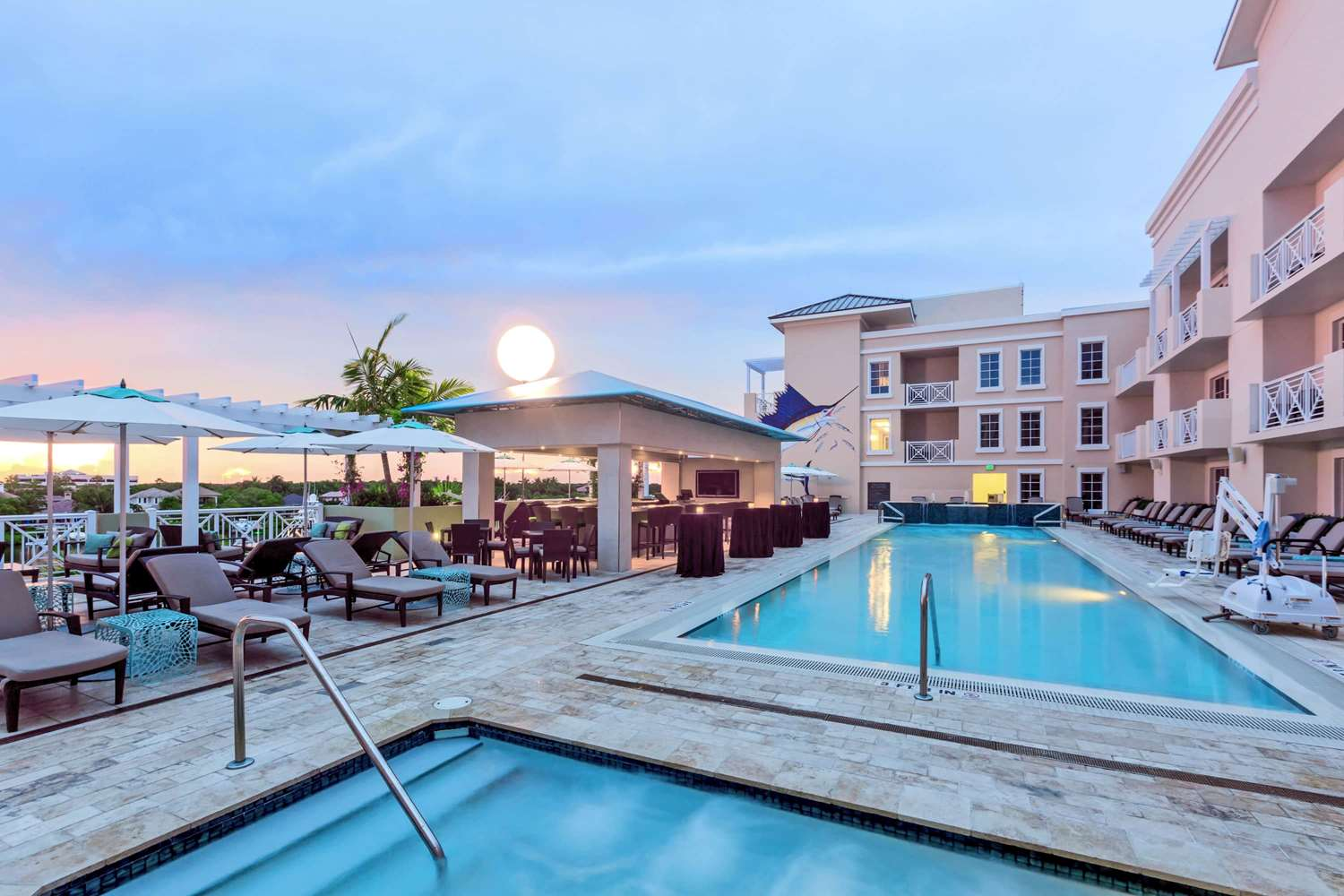 Pool - Wyndham Grand Jupiter at Harbourside Place Hotel