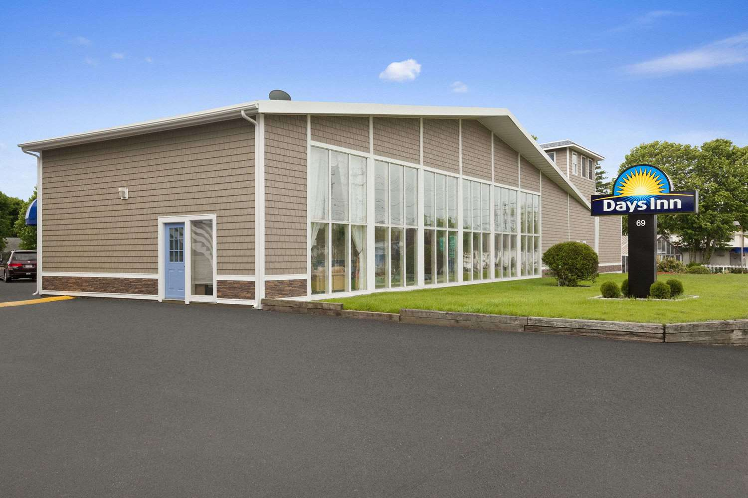 Exterior view - Days Inn West Yarmouth