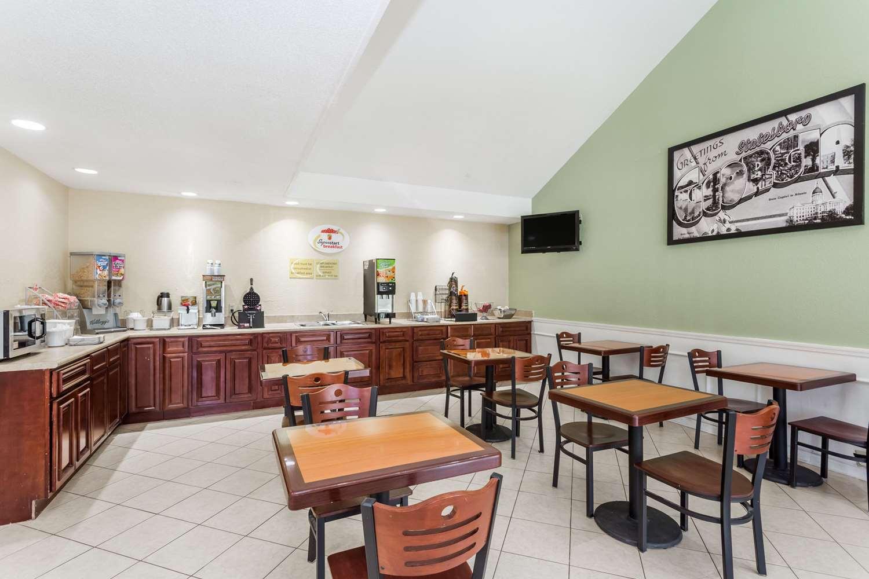proam - Super 8 Hotel Statesboro