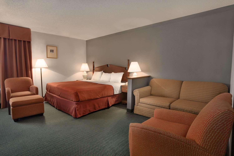 Suite - Days Inn & Suites Kinder