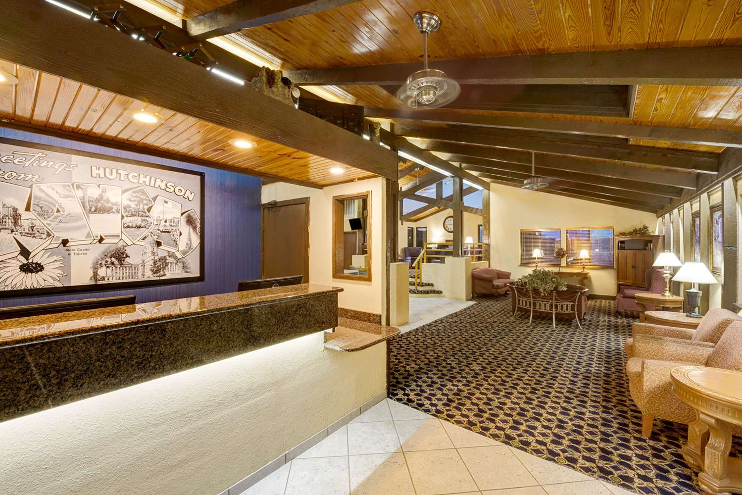 Lobby - Super 8 Hotel Hutchinson