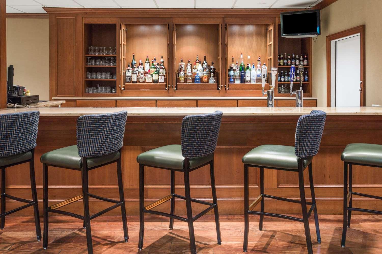 Wyndham Garden Hotel Manassas, VA - See Discounts