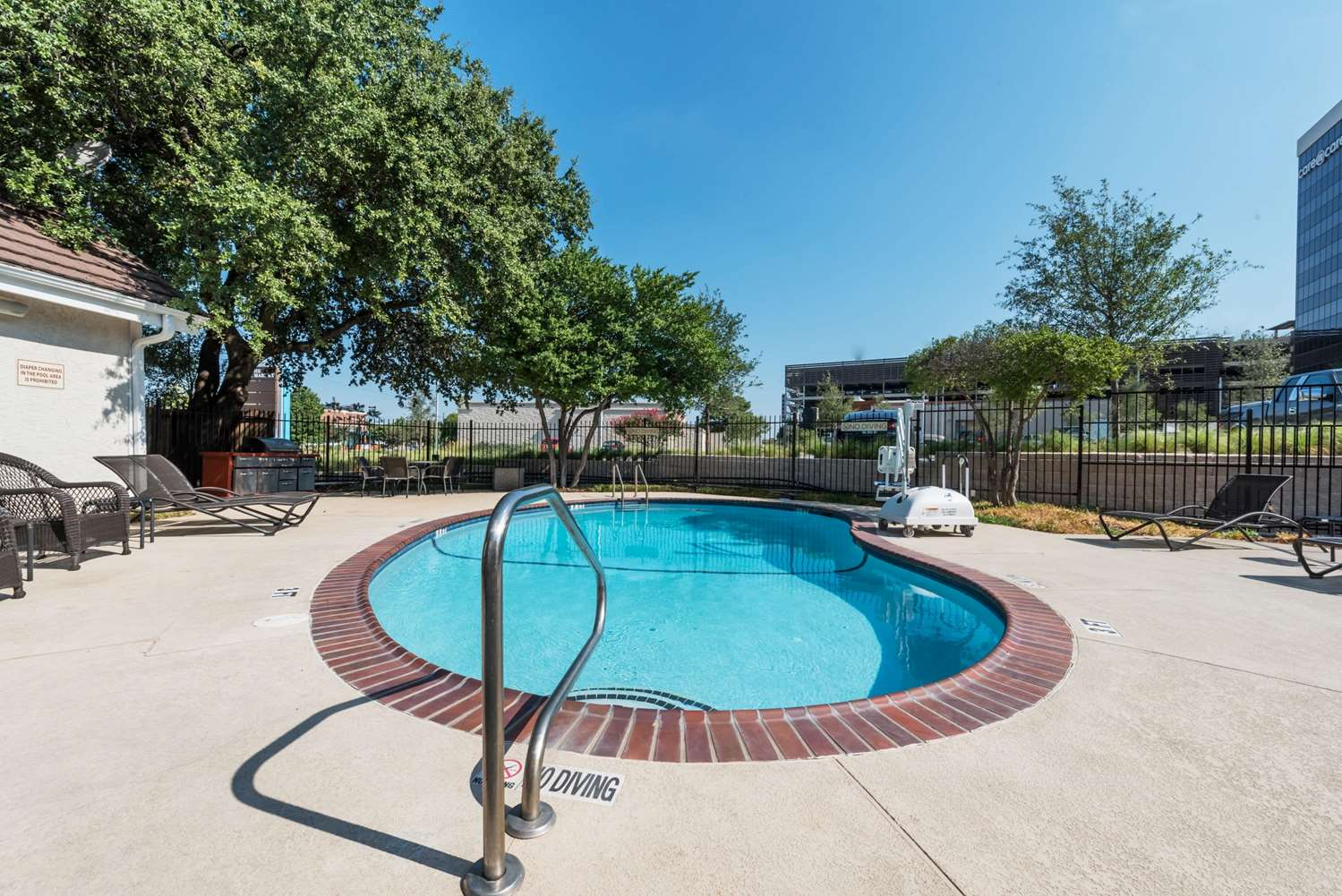 Pool - Hawthorn Suites by Wyndham Medical Center Fort Worth