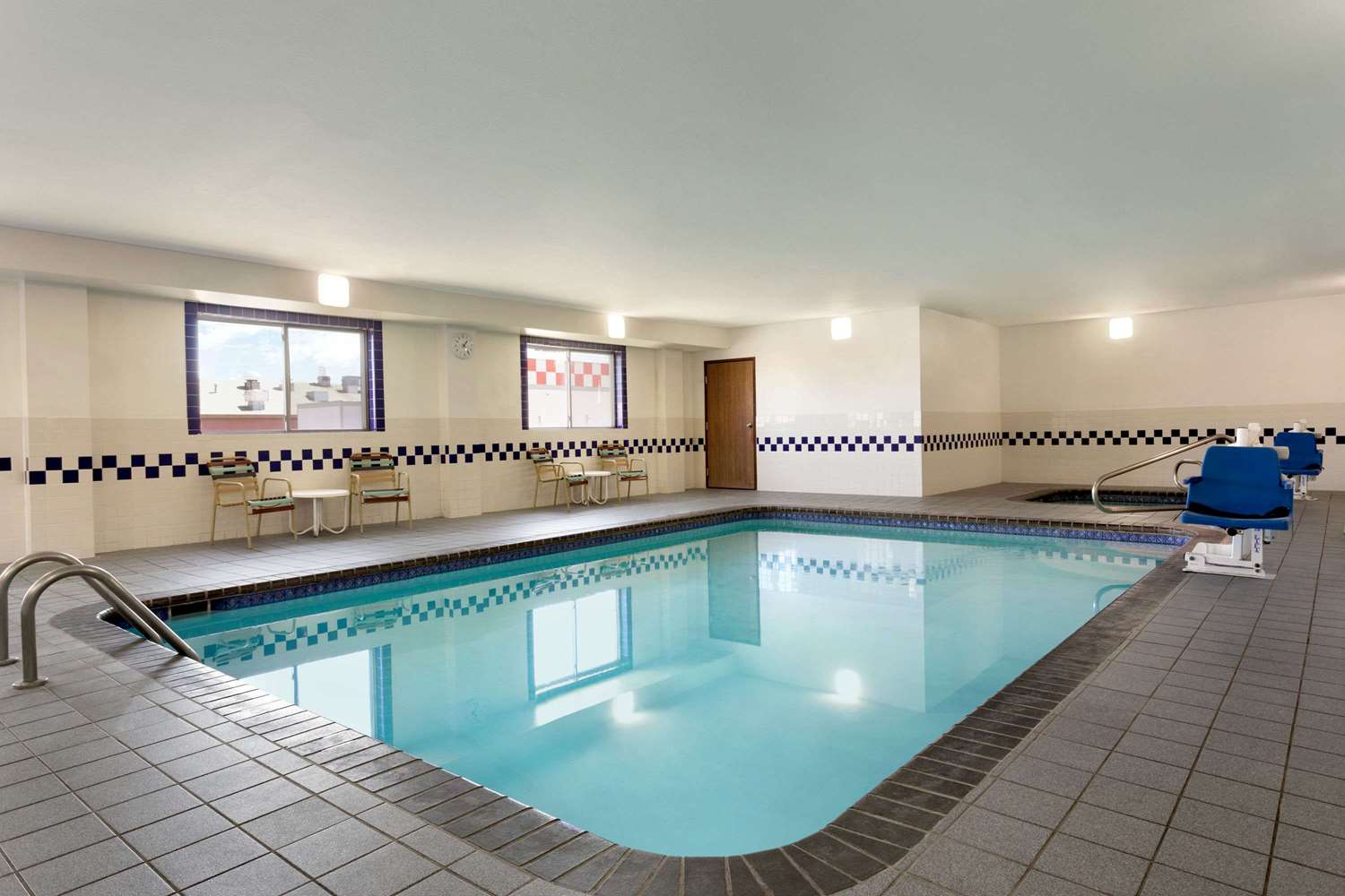 Pool - Baymont Inn & Suites Salina