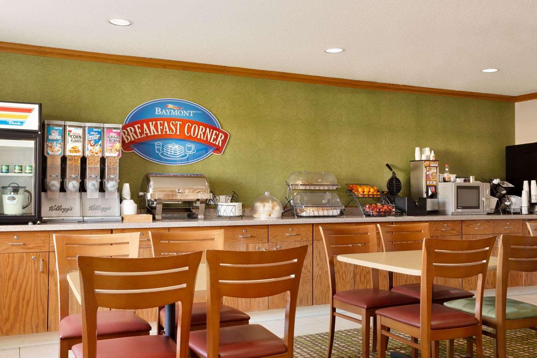 Restaurant - Baymont Inn & Suites Salina