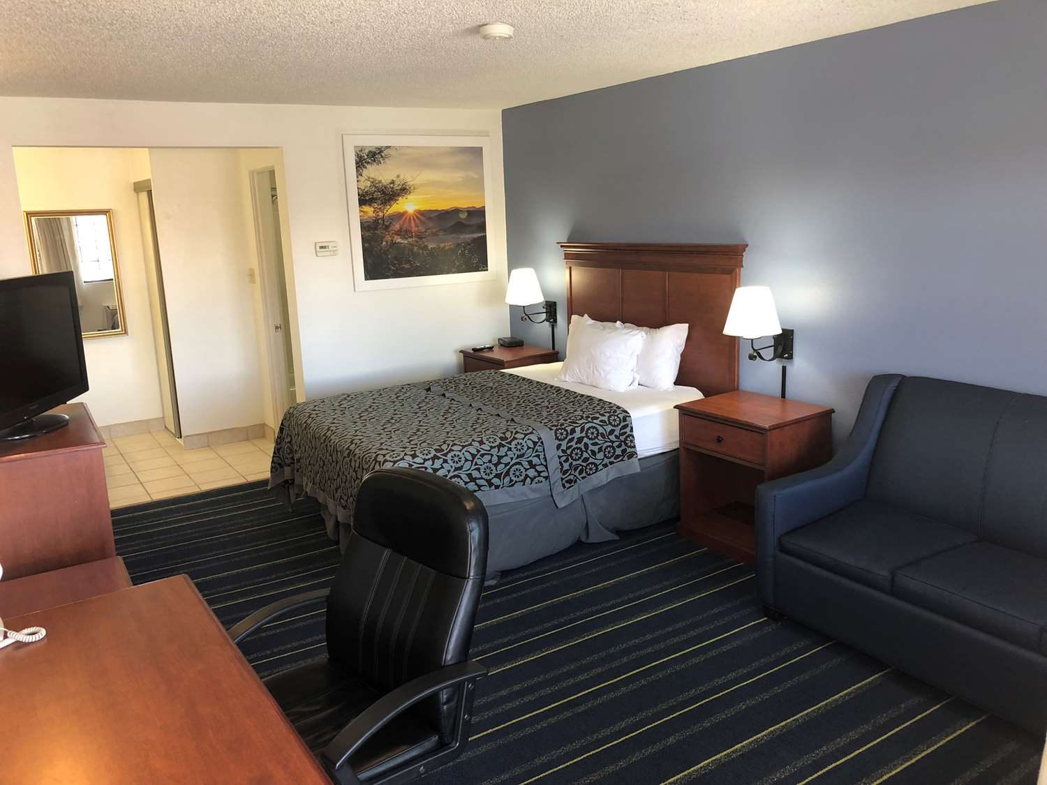 Room - Days Inn Grand Junction