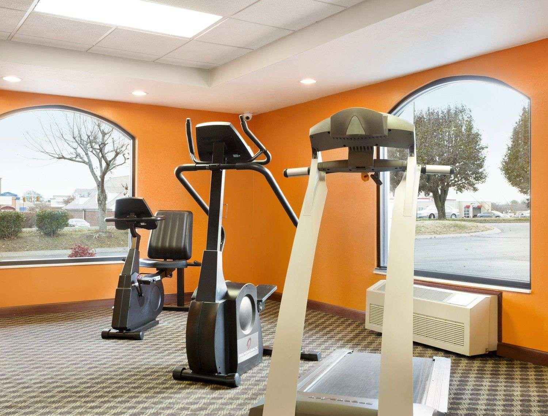 Fitness/ Exercise Room - Baymont Inn & Suites Gallatin
