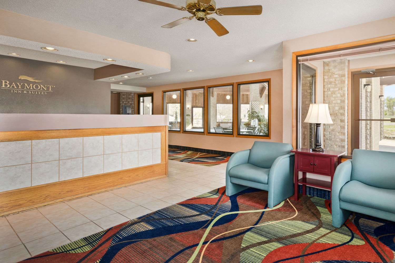 Lobby - Baymont Inn & Suites Logan