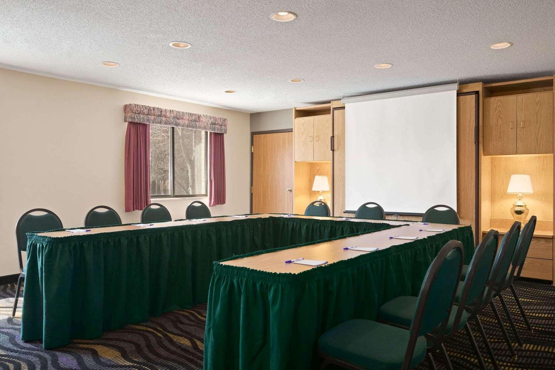 Meeting Facilities - Baymont Inn & Suites Logan
