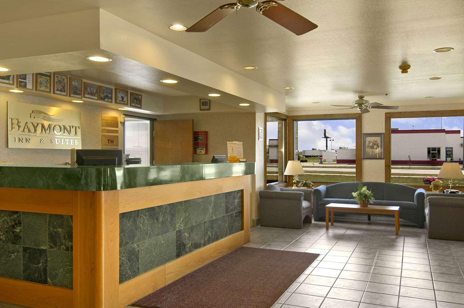 Lobby - Baymont Inn & Suites Tuscola