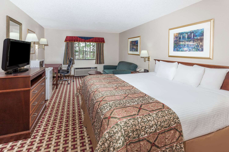 Pet Friendly Hotels In Smyrna Ga