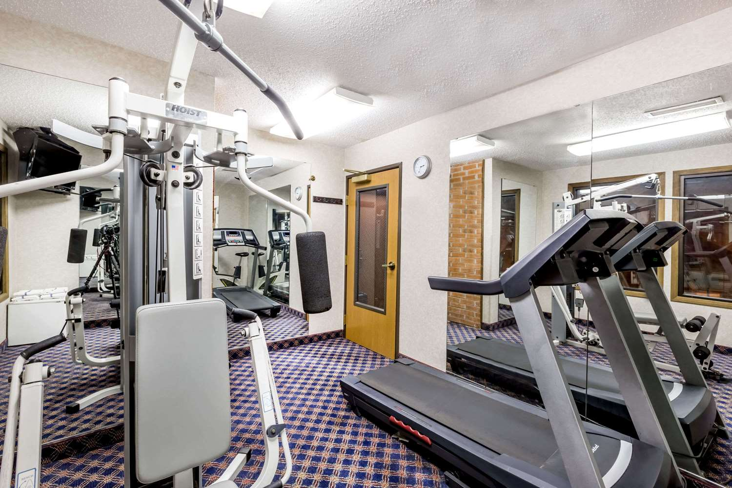 Fitness/ Exercise Room - Baymont Inn & Suites Le Mars