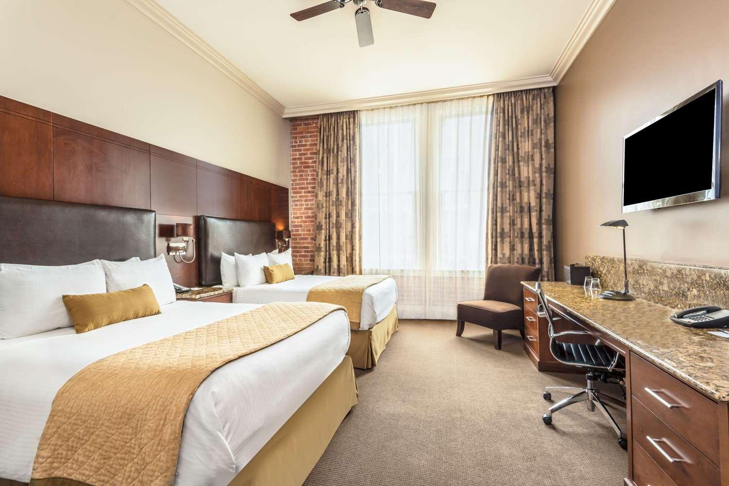 Room - Wyndham Grand Mining Exchange Hotel Colorado Springs