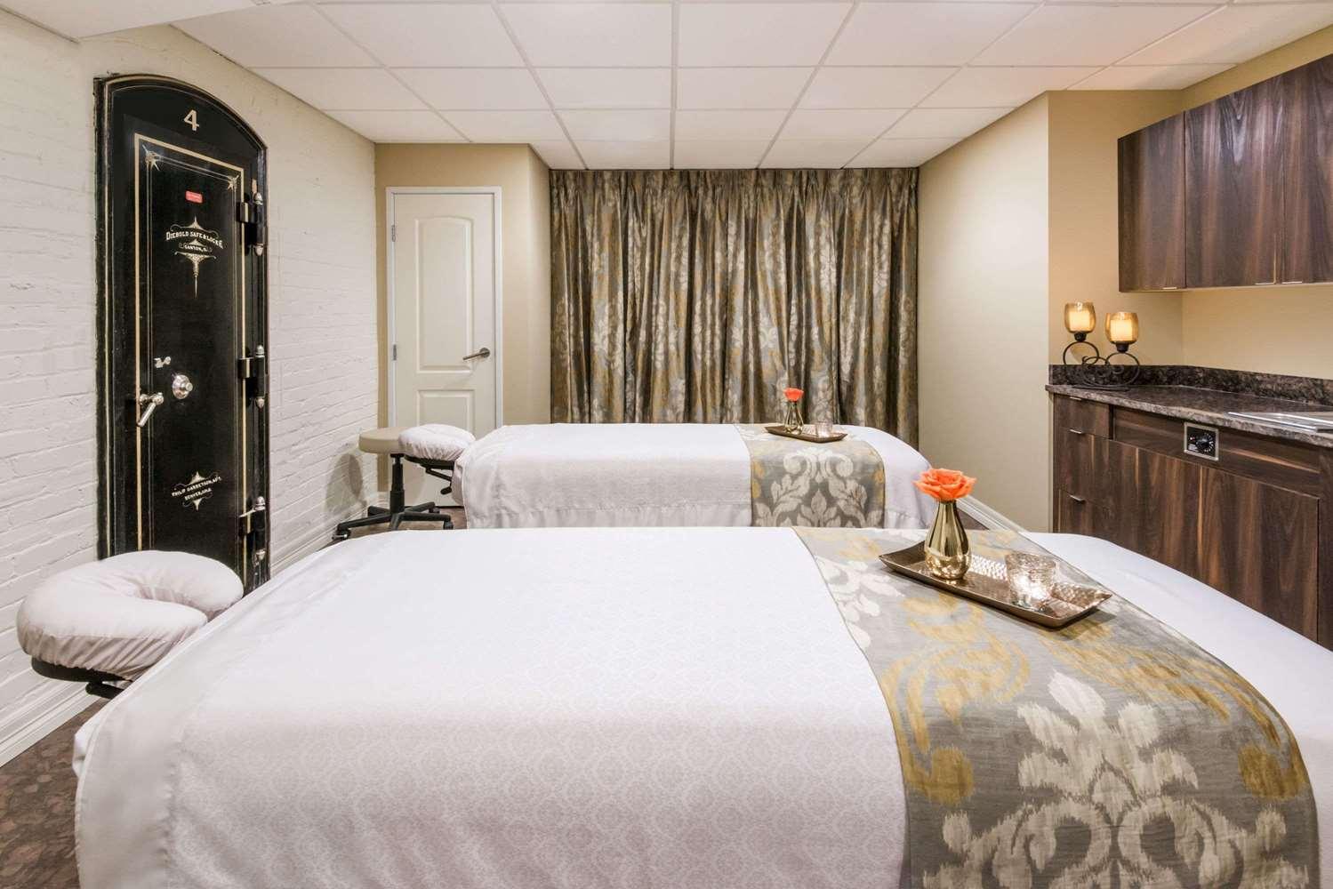 Spa - Wyndham Grand Mining Exchange Hotel Colorado Springs