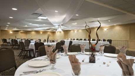 Ballroom - Wyndham Garden Hotel Airport Newark