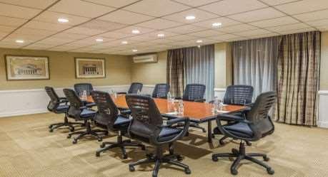 Meeting Facilities - Wyndham Garden Hotel Airport Newark