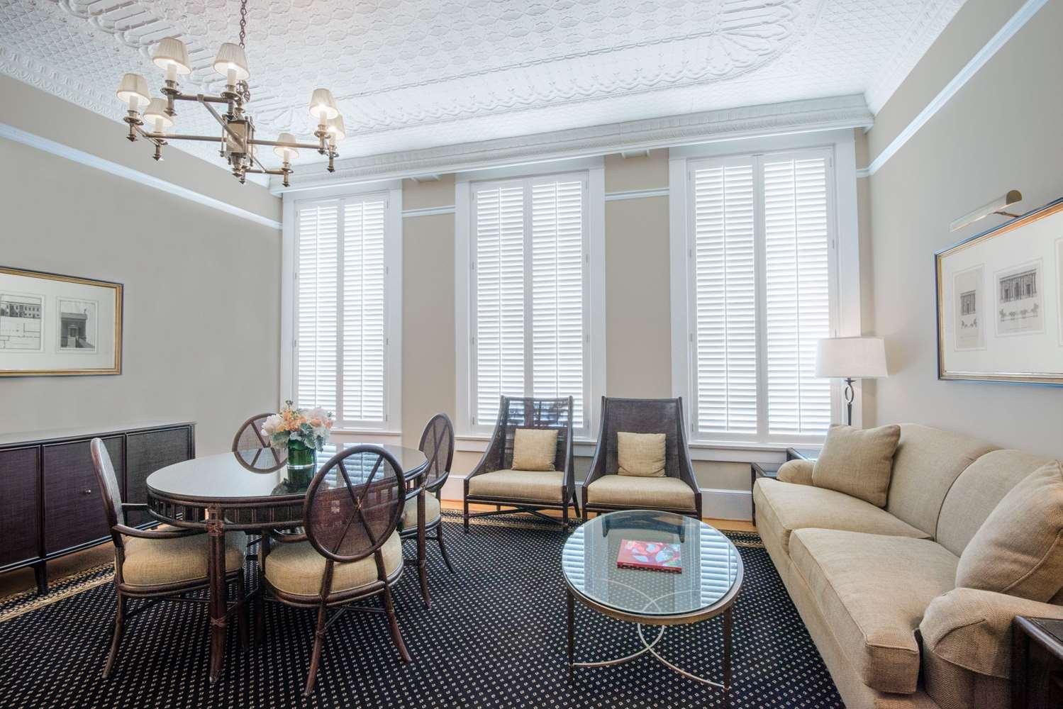 Suite - Tremont House Wyndham Grand Hotel Galveston