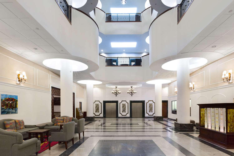Lobby - Wyndham Garden Hotel New Orleans