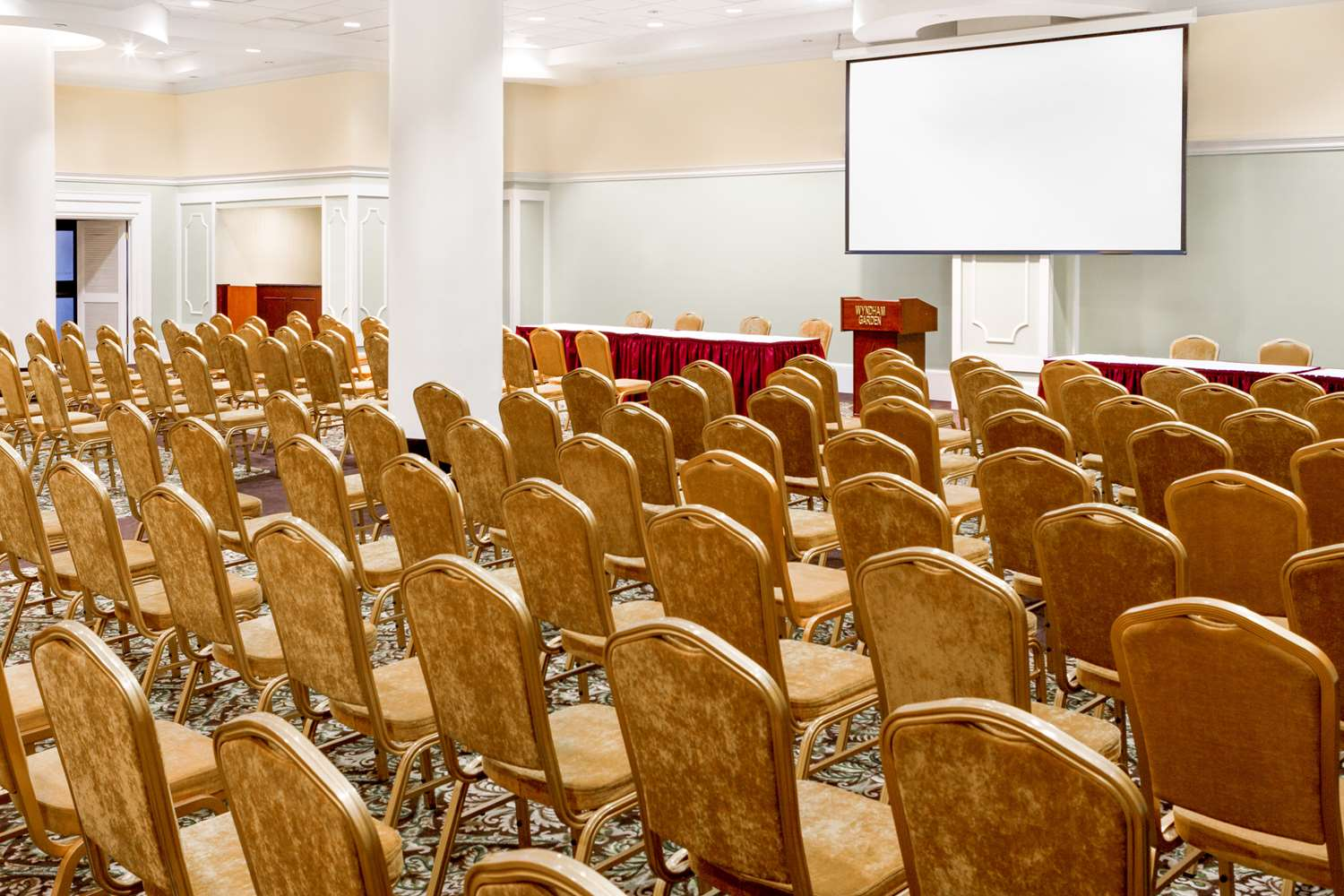 Meeting Facilities - Wyndham Garden Hotel New Orleans