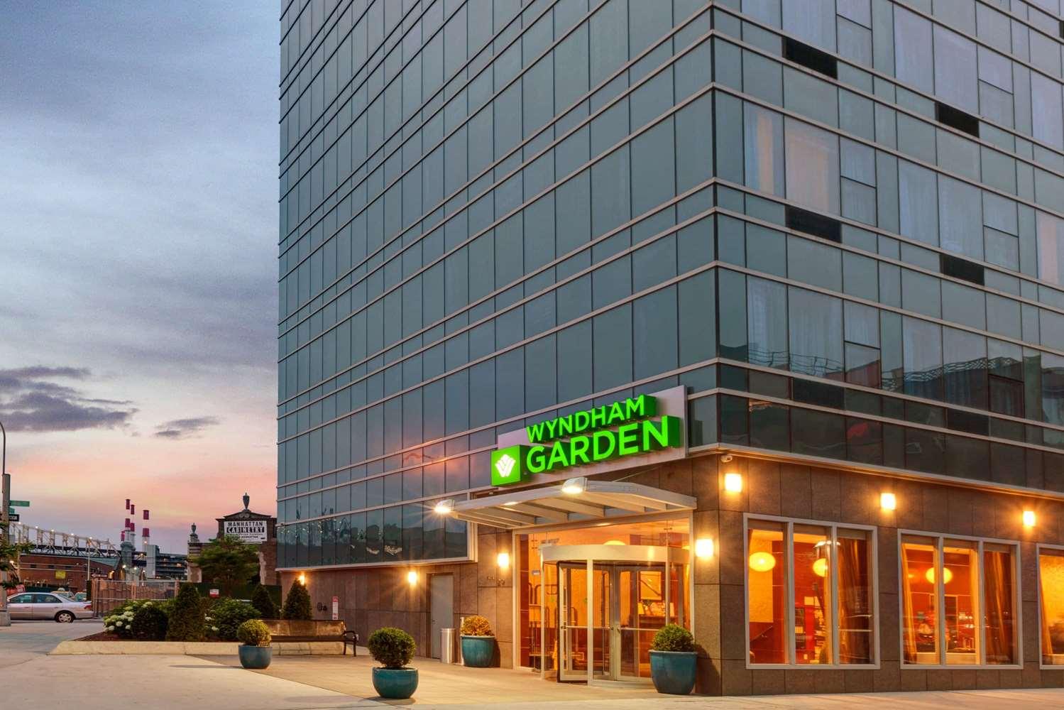 Exterior view - Wyndham Garden Hotel Long Island City Queens