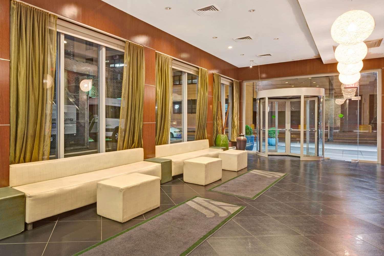 Lobby - Wyndham Garden Hotel Long Island City Queens
