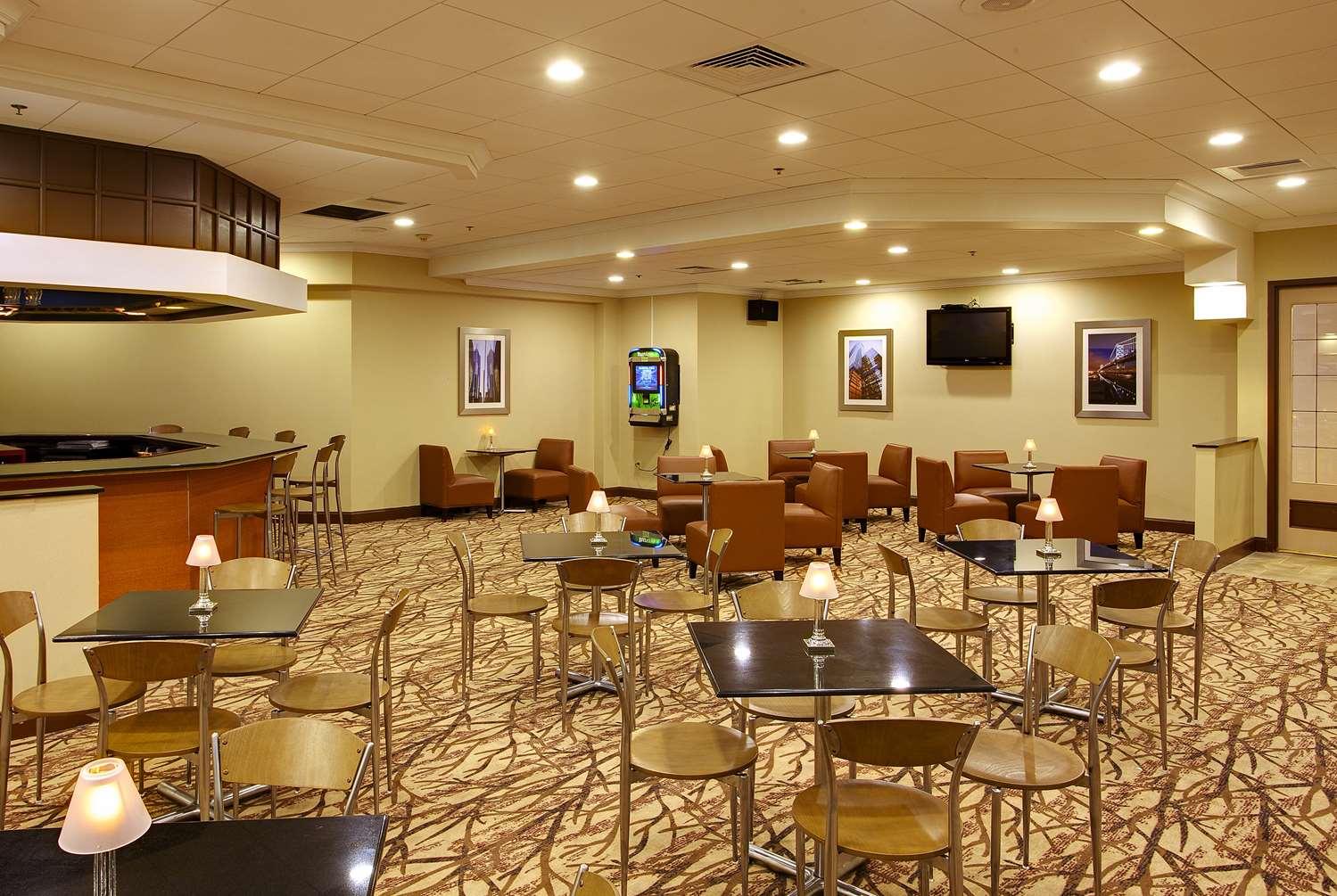 Restaurant - Wyndham Garden Hotel Airport Essington